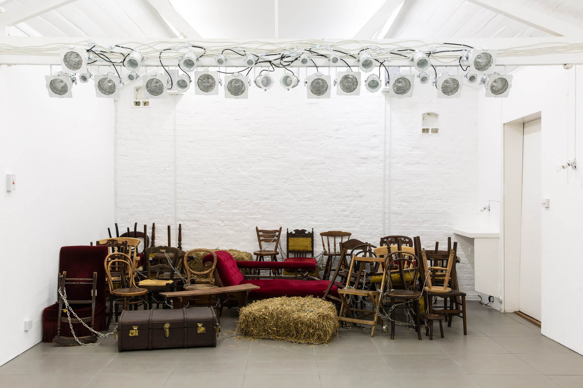 Alex Margo Arden and Caspar Heinemann, THE FARMYARD IS NOT A VIOLENT PLACE AND I LOOK EXACTLY LIKE JUDY GARLAND, Installation View, 2019, Cell Project Space