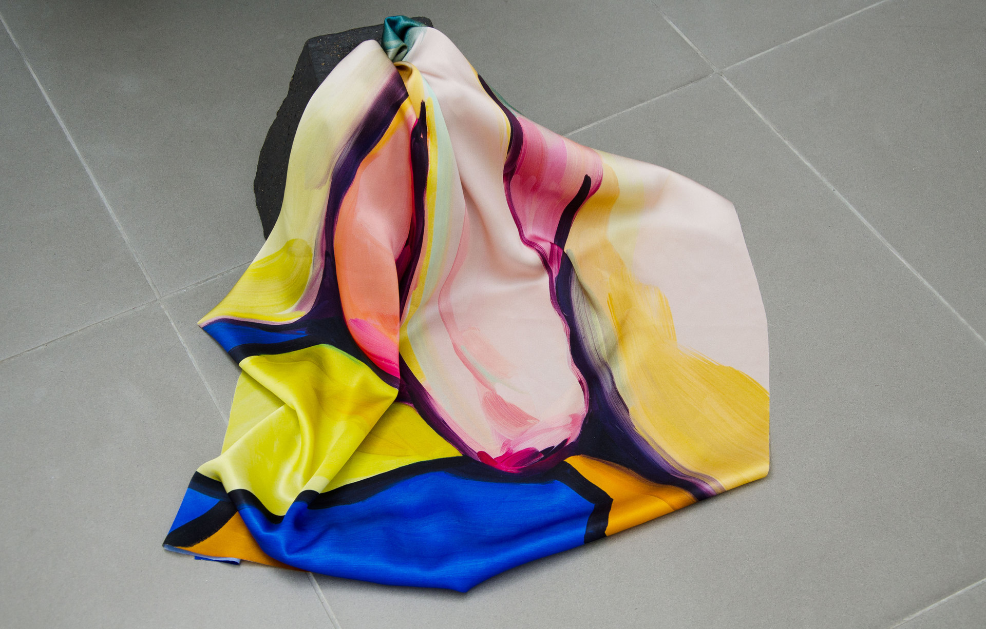 Penumbra, 2014, detail, Celia Hempton, digital print on silk satin, 60 x 72 cm, acrylic paint on wall. Katie Cuddon, dimensions variable ceramic, 125 x 27 x 32 cm, ceramic wax (2x) 21 x 19 x 19 cm, Cell Project Space