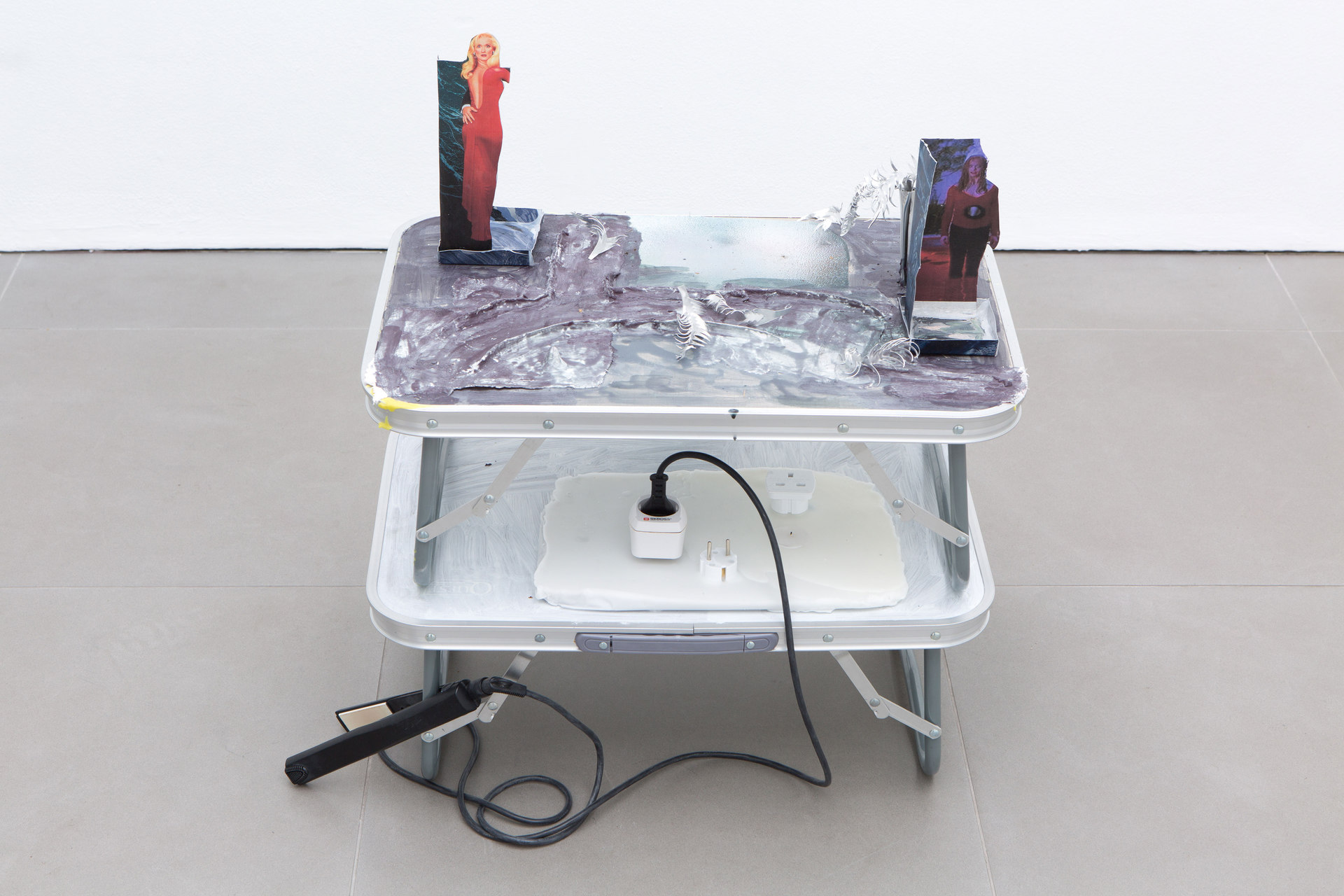 Kate Mackeson & Henrik Potter, 'landlords are not currently collecting rent in self-love', Kate Mackeson, Fugue state, 2016, Cell Project Space