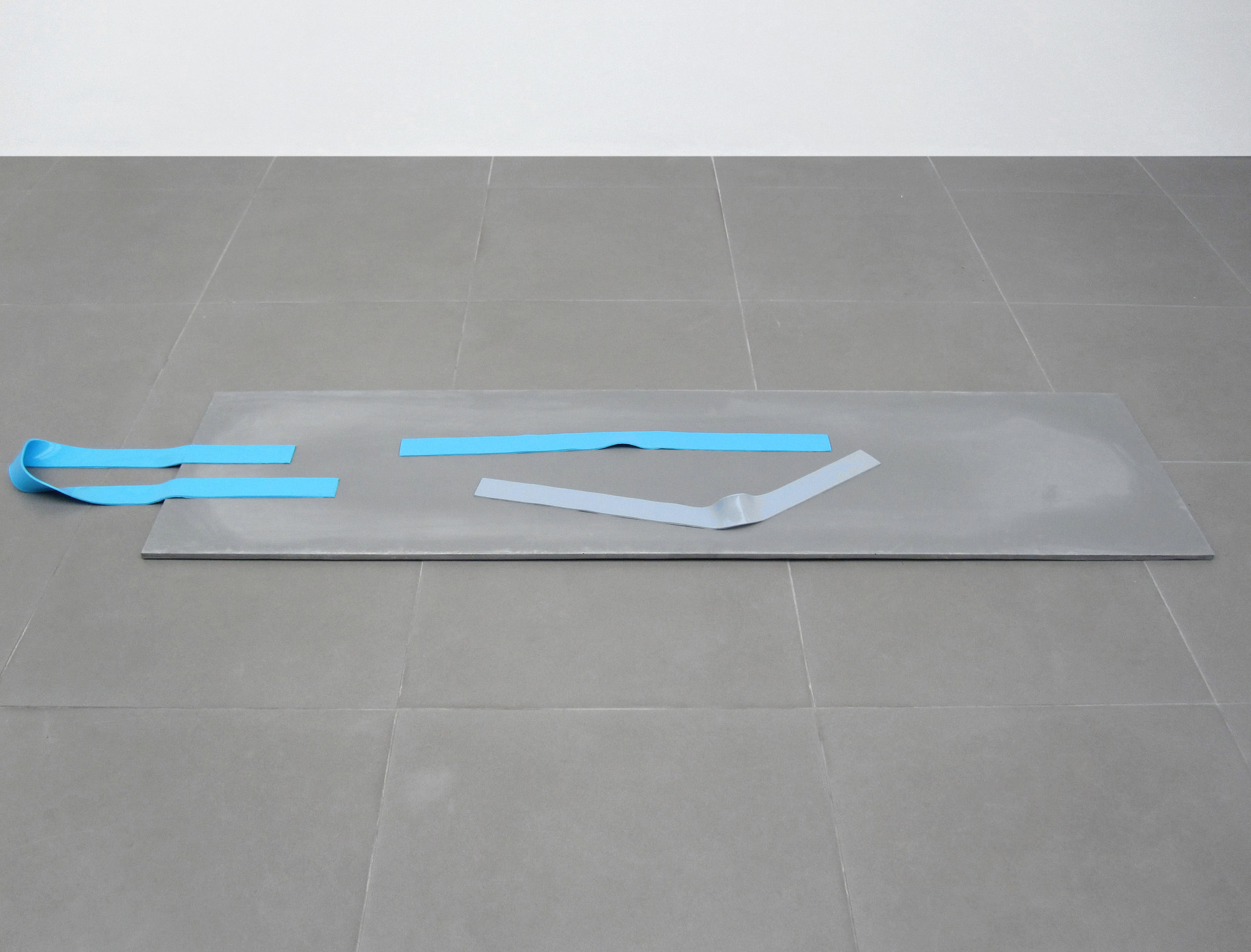 Magali Reus, Short Supplies, 2010, Jesmonite, silicone rubber, pigments, (180x50 cm, 70.9x19.7 ins), Cell Project Space