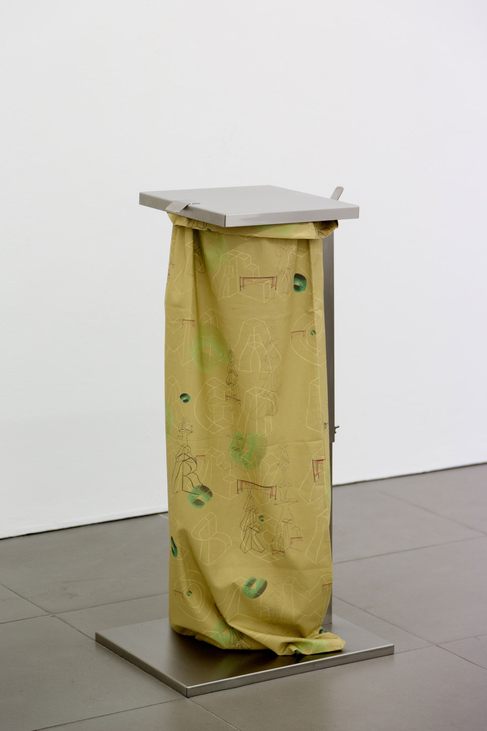 Marte Eknæs, Reboot Horizon, 'Disposal' (featuring Nicolau Verguerio), 2013, steel trash bag stand, custom printed fabric, Cell Project Space