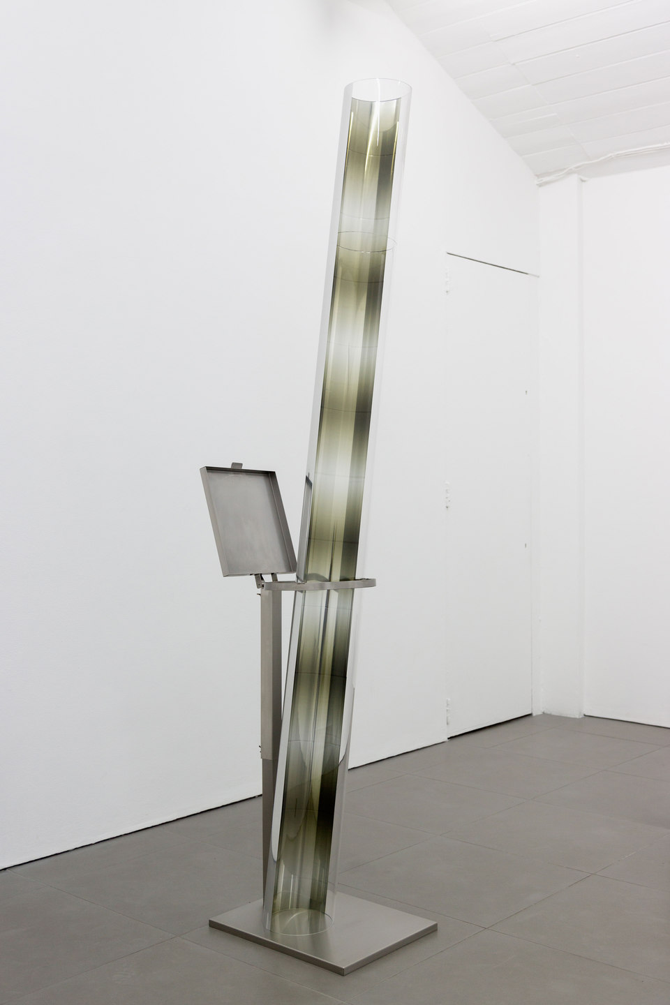 Marte Eknæs, Reboot Horizon, 'Verticalia V', 2014, steel trash bag stand, plexiglas tube with metallic film, Cell Project Space