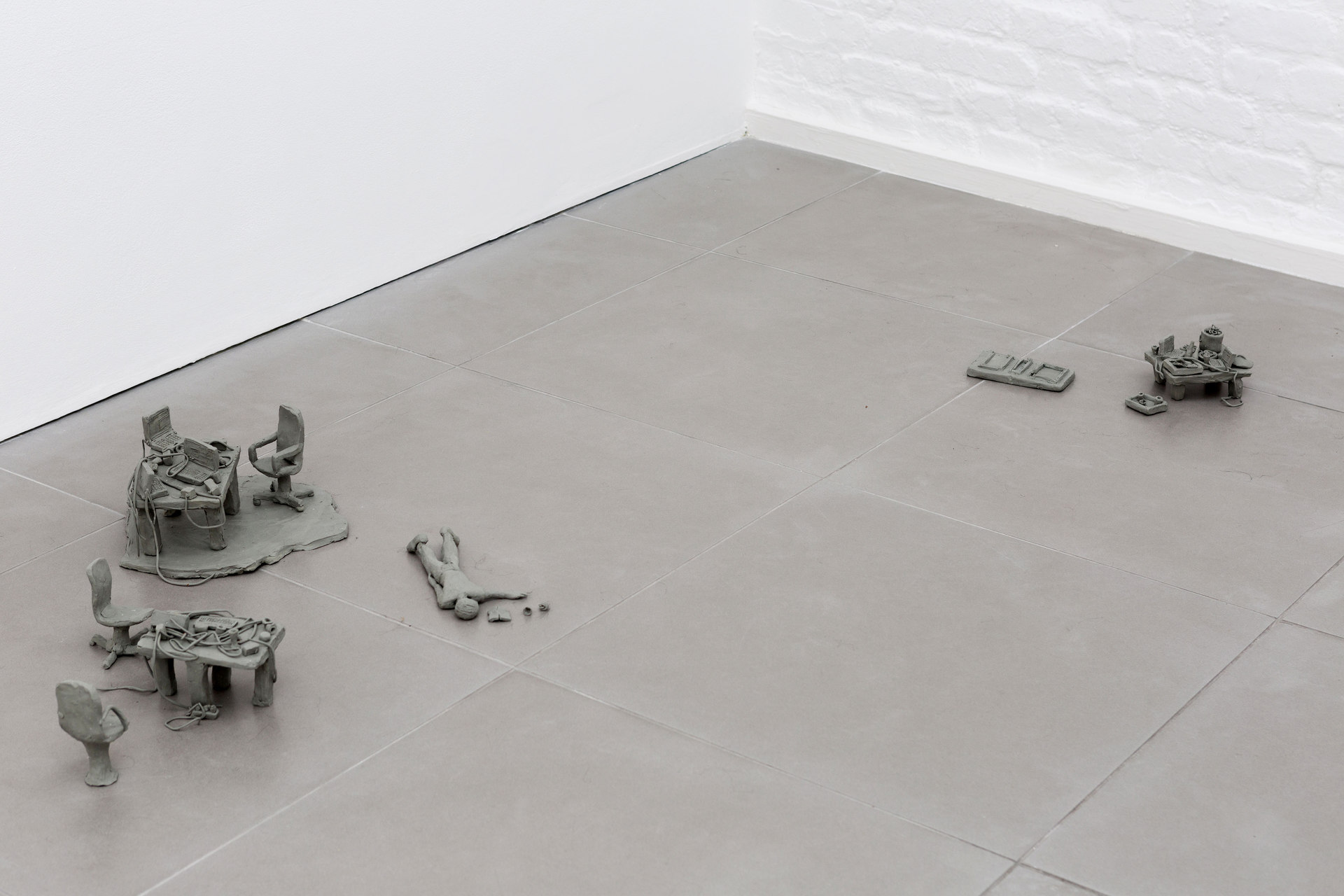 Mélanie Matranga, handmade situation, 2015, Non drying Paste, dimensions variable, Cell Project Space