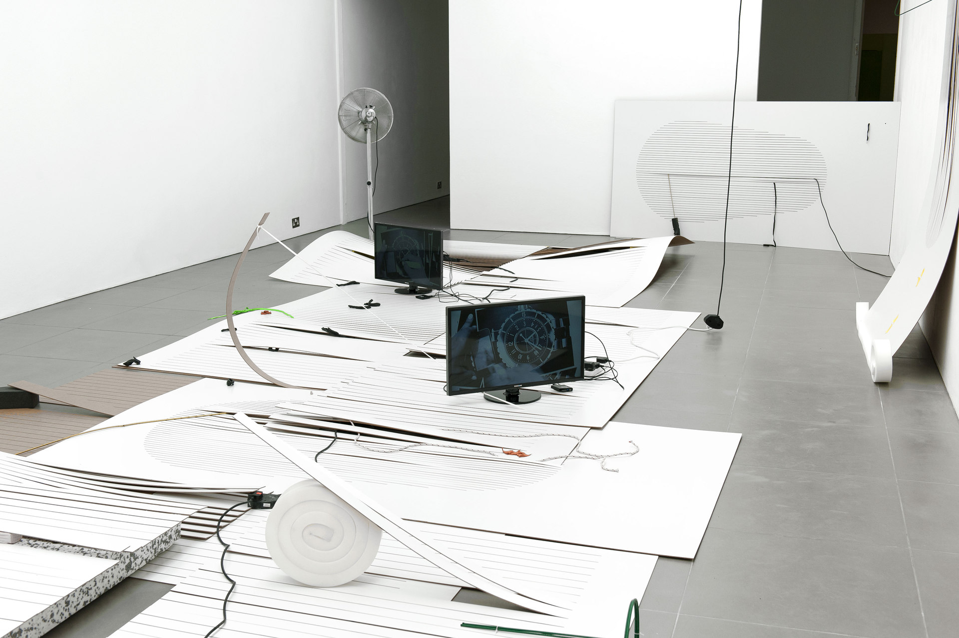 Beatriz Olabarrieta, Shifty-Show, mixed media installation, 2014, Cell Project Space