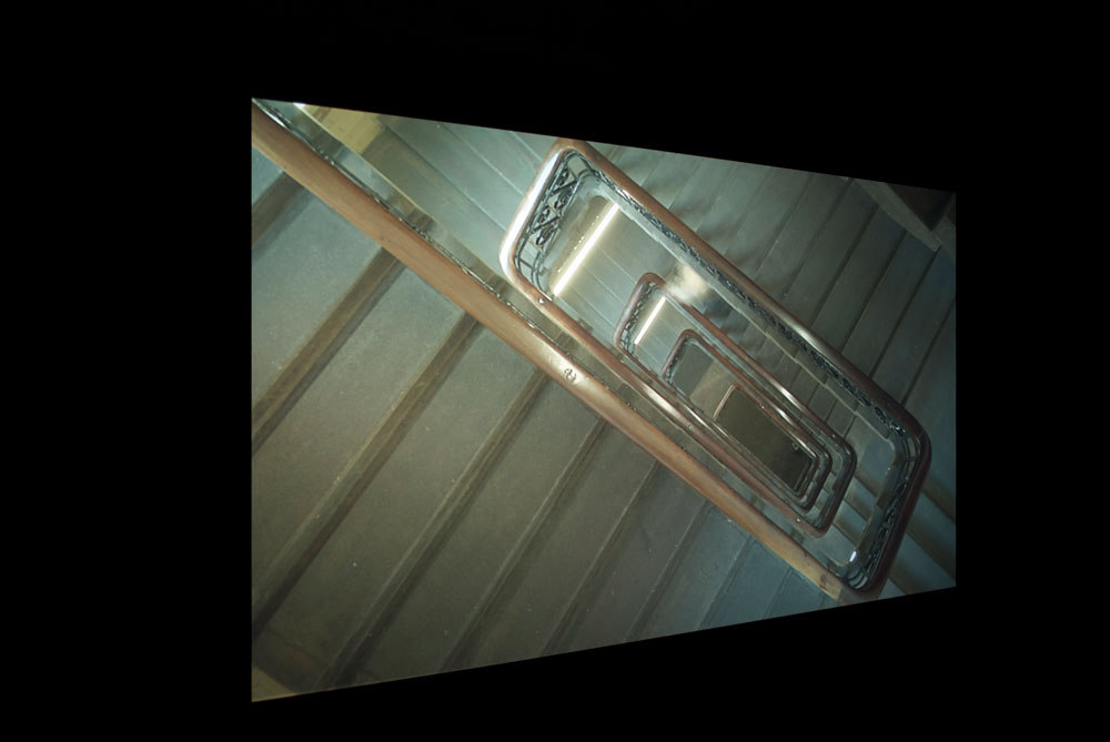 Una Knox, '4 1/2 feet and to the left, behind me', 2011, HD digital video, rear projection(195 x 115 cm), Cell Project Space