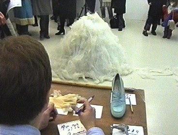 Olöf Bjornsdottir, Performance, Cell Project space, 2001
