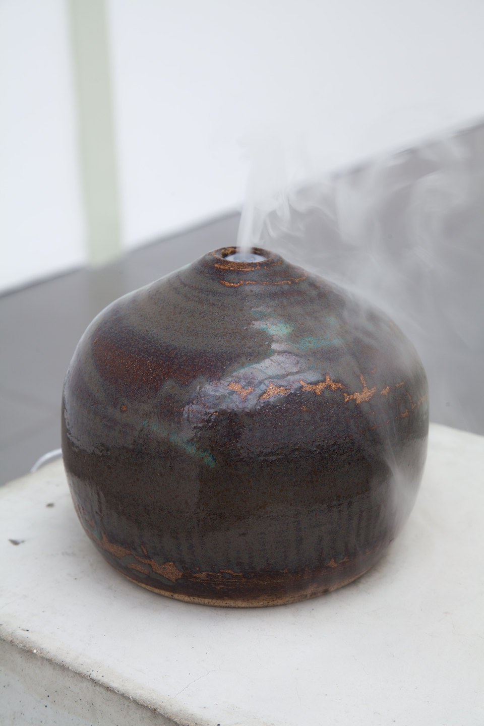 Ian Giles, Hazey, 2015, Ceramic  Diffuser, Cell Project Space