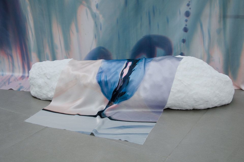 Roman Fountain, 2014, Celia Hempton, digital print on silk satin, 60 x 72 cm, silk paint on silk satin, 275 x 290 cm, acrylic paint on wall. Katie Cuddon, painted ceramic, 125 x 27 x 32 cm, Cell Project Space