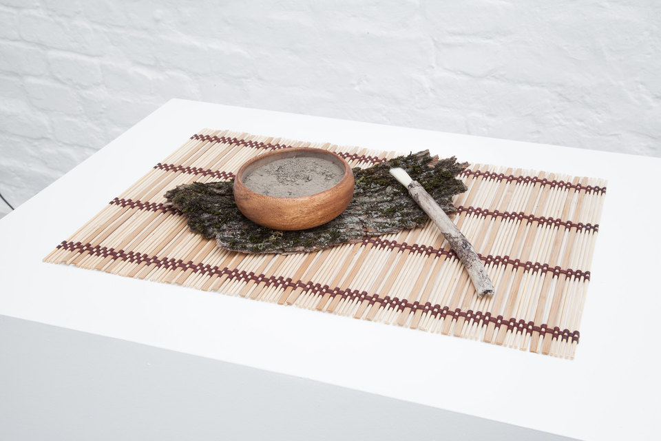 Andreas Ervik, SANKE LEIRE, 2015, clay, wooden bowl, brush, tantami mat, Cell Project Space
