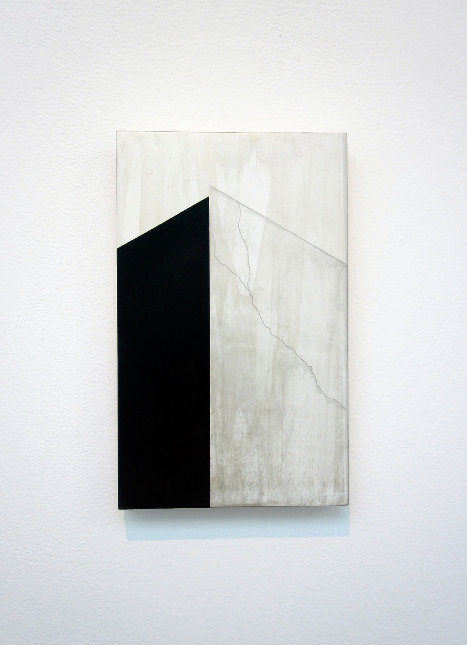 Andy Jackson, Junction (Infinity), 2010, Acrylic and Metallic Acrylic on Board, (h.800mm x w.500mm), Cell Project Space